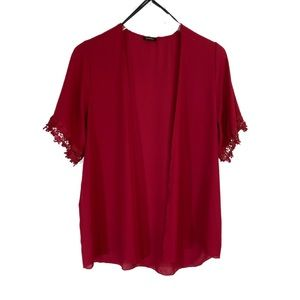 Poetry Wine Red Short Sleeve Lace Accent Kimono